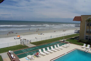 Condo sur la plage / Condo on the beach, New Smyrna, Florida