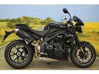 Triumph Speed Triple 94 R 2016 **467 MILES, BREMBO BRAKE, OHLINS SUSPENSION**