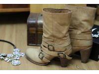Light brown high quality genuine leather heeled boots, size 6 UK, 38 EU, perfect condition,free gift