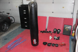 ensemble de boxe/kickboxing