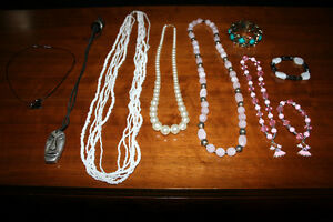 6 necklaces and 4 bracelets Kitchener / Waterloo Kitchener Area image 1