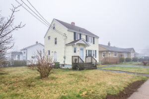 2 Story Well Maintained Dartmouth Home !