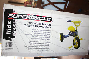 """Boy's tricycle- 10"""""""