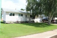 Well maintained family home in great location of Melfort!