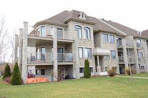 Superbe condo 2 chambres 1179 pc Blainville