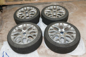 19 in. Ford OEM Rim Set (4) With Tires and TPMS