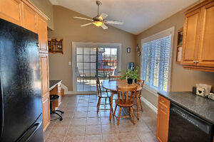 WELL- APPOINTED HOME IN DESIRABLE BROCKVILLE LOCATION Kingston Kingston Area image 3