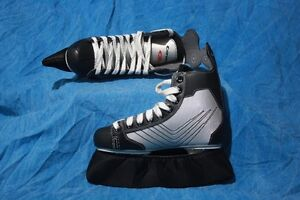 Boys Canadien Hockey Skates