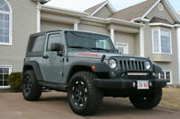 2014 Jeep Wrangler Hardtop  -  ONLY 9 000 KMS