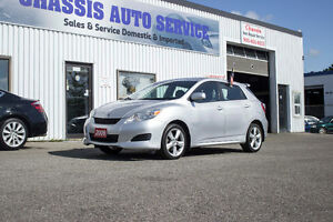 2009 TOYOTA MATRIX XR, LOW KMS, VERY CLEAN ACCIDENT FREE!! $5999