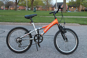 "Supercycle 20"" 5 Speed Bike with Shocks"