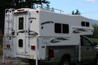 """Northern Lite Classic 9'6"""" Truck Camper, EXCELLENT CONDITION"""