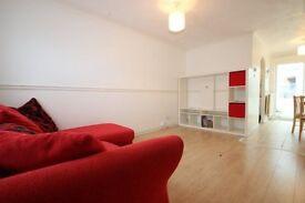 2 bedroom house in Fenstanton Avenue, North Finchley