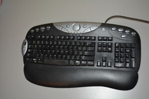 Logitech Wired Keyboard and Mouse Combo