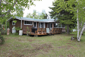 Waterfront Cottage - Nagagamisis Lake - Hornepayne, ON