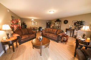 Room to rent in a luxury Downtown apartment UTILITIES INCLUDED