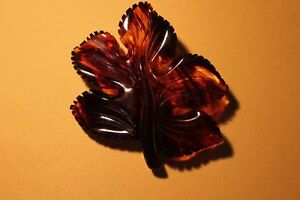 "LUCITE LEAF BROOCH 3.5""   (VIEW OTHER ADS) Kitchener / Waterloo Kitchener Area image 2"