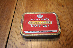 PLAYERS GOLD LEAF NAVY CUT CIGARETTE TIN