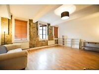 ~~~Huge Two Bed Two Bath Warehouse Conversion Located in Centre of Peckham Seconds from Peckham Rye