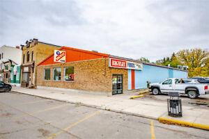 444 Grand avenue - Grocery store for Sale in Indian Head!
