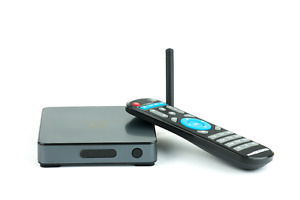 NEW - FREESTREAM ROCKET INTERNET TV BOX