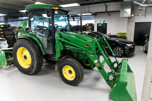John Deere Tractor Cab with Blower and Bucket