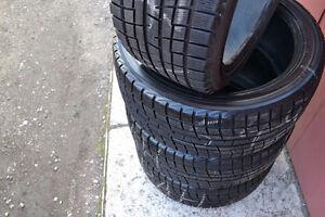 4 x 225/55/17 YOKOHAMA ice guard G20 WINTER tires %80 tread