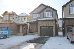 Modern House for sale! 30 Willowrun Dr.