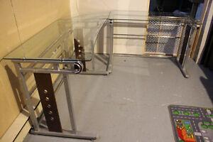 Table, Bureau en verre