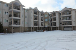 PRICED TO SELL! Top floor 2bed/2bath condo at Wood Meadows!