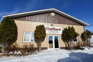 Large Commercial Building in St. Lazare Manitoba