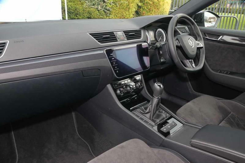 2018 skoda superb 2.0 tdi scr (150ps) sportline estate diesel grey