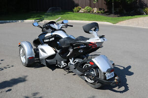 Can-Am Spyder 2008 Semi-Automatique (SE5).
