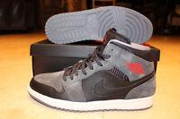 BRAND NEW Nike Air Jordan 1 Mid - Size 11