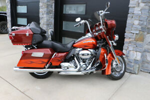 2010  HD CVO Screamin Eagle Electra Glide Ultra Classic