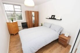 BIG ROOM - GREENWICH - AVAILABLE FROM NOW - COUPLES OR 2 PERSONS OK - CALL ME NOW