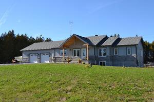 Luxurious and Spacious Estate Home Gatineau Ottawa / Gatineau Area image 1