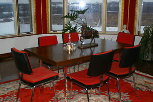 Executive Conference Table with 6 chairs