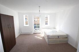 4 New Amazing Rooms Near Brick Lane !