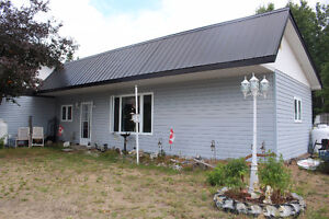 OPPORTUNITY IN COTTAGE COUNTRY - Near Bancroft Ontario Belleville Belleville Area image 4
