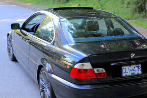 2002 BMW 3-Series 325i Coupe (2 door)
