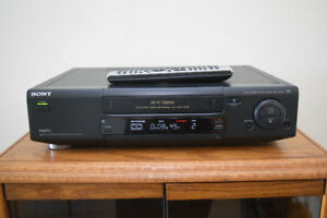 Sony SLV-760HF VHS VCR With Remote - Fully Tested