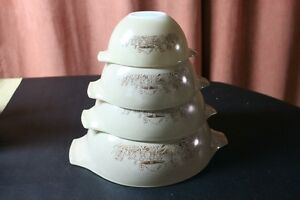 "Set of 4 Pyrex ""Forest Fancies"" Cinderella Nesting Mixing Bowls. Kingston Kingston Area image 2"