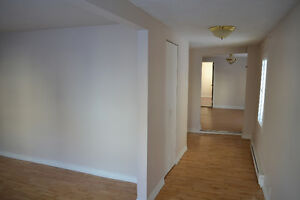 Renovated, Very Clean in Hull minutes from DT Ottawa