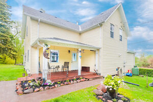 Piece of Heaven: Reno'd Country Home Seeks New Owner
