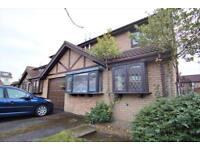 3 bedroom house in Thurstons Barton, Whitehall, Bristol, BS5 7BQ