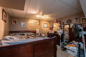 Fantastic opportunity to own a fully rented income property London Ontario image 8