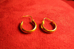 Boucle d'oreilles or 14 carats/ gold earings 14k