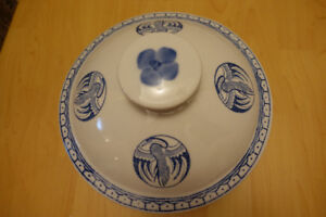 Vintage Chinese Crane Covered Rice Soup Bowl