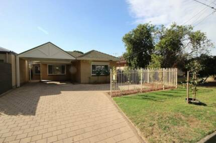 Recently-renovated share house just steps from public transport Paradise Campbelltown Area Preview